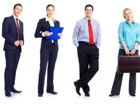 Востребован ли на рынке труда юрист менеджер почти убежден: